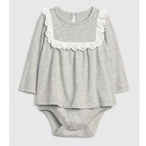 GAP Onesie/ Bodysuit Shirt